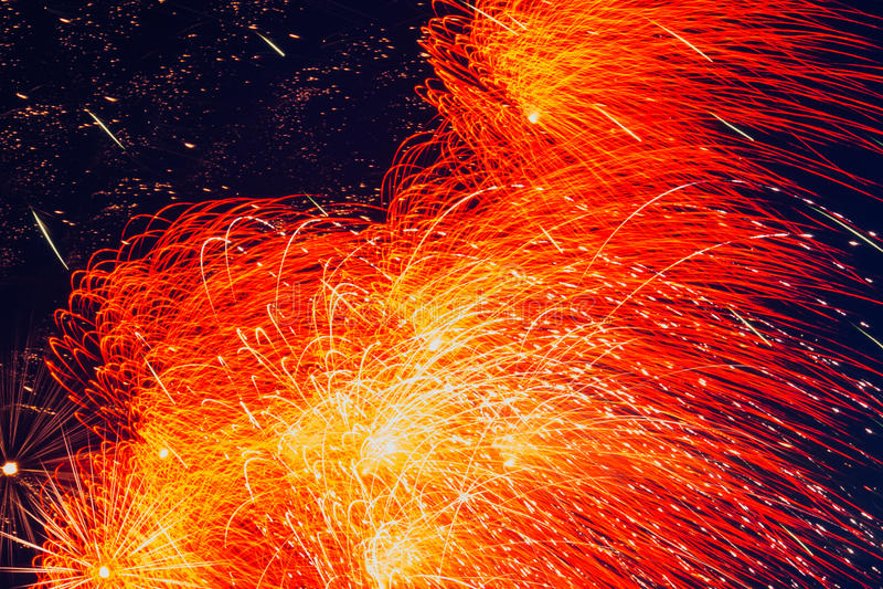 праздничные феиэрверки стоковое изображение