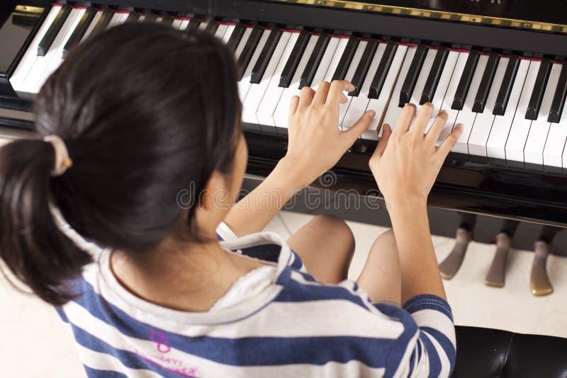 практика рояля стоковое фото