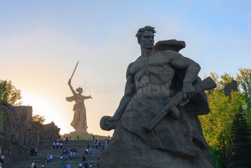 Пребывание памятника к смерти в Mamaev Kurgan, Волгограде стоковые изображения rf