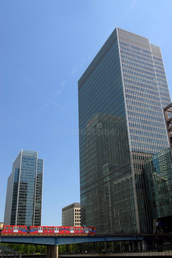 преграждает башню офиса london стоковые фотографии rf