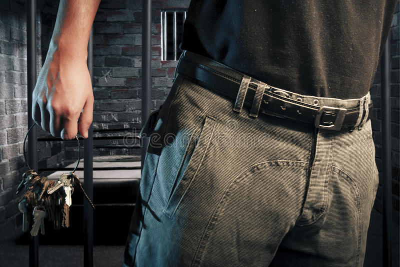 предохранитель пользуется ключом тюрьма стоковые фотографии rf