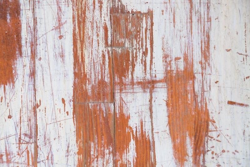 Предпосылка Брайна покрашенная белизной деревянная Деревянная поцарапанная абстрактная предпосылка стоковая фотография rf