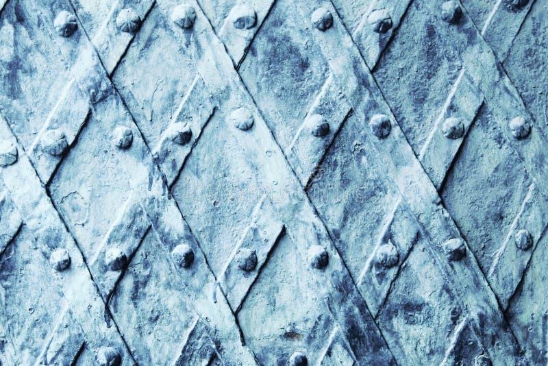 Предпосылка двери металла средневековая винтажная стоковые изображения rf