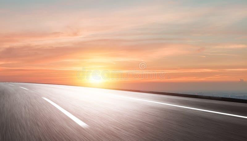 Предпосылка дороги и неба стоковое фото rf