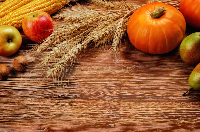 Предпосылка древесины овоща и плодоовощ осени стоковая фотография