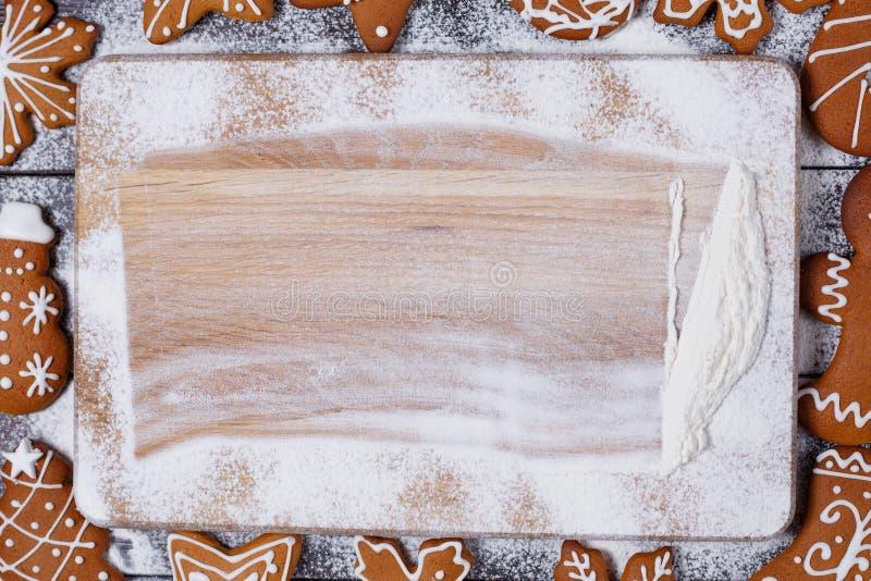 Предпосылка кухни рождества с обрамлять печений пряника стоковое изображение
