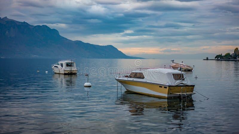 Предпосылка моря шлюпки сосуда яхты стоковое фото