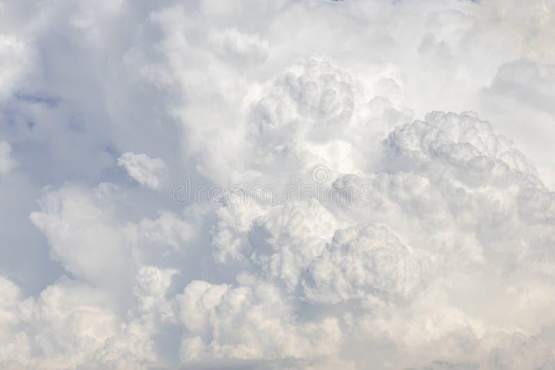 Предпосылка облаков кумулюса стоковое фото rf