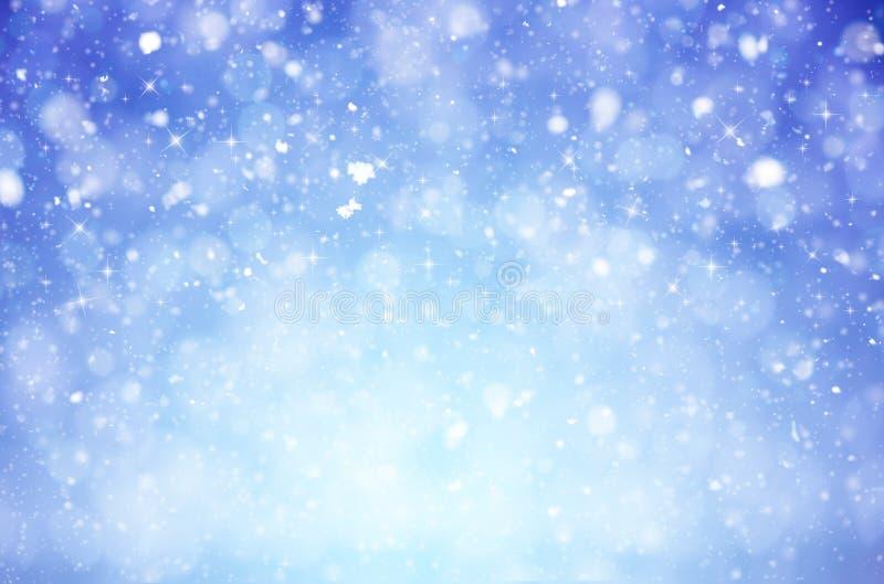 Предпосылка рождества зимы с сияющими хлопьями и вьюгой снега стоковые фотографии rf