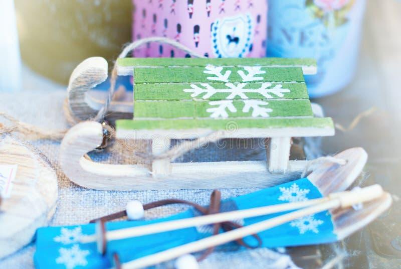 Предпосылка рождества - орнаменты рождественской елки стоковое фото