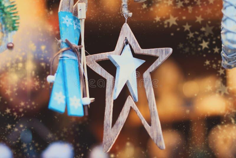 Предпосылка рождества - орнаменты рождественской елки стоковое изображение