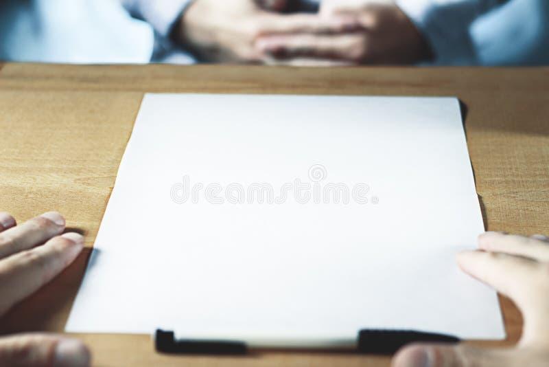Предпосылка страницы белой бумаги с космосом экземпляра конец вверх стоковые изображения