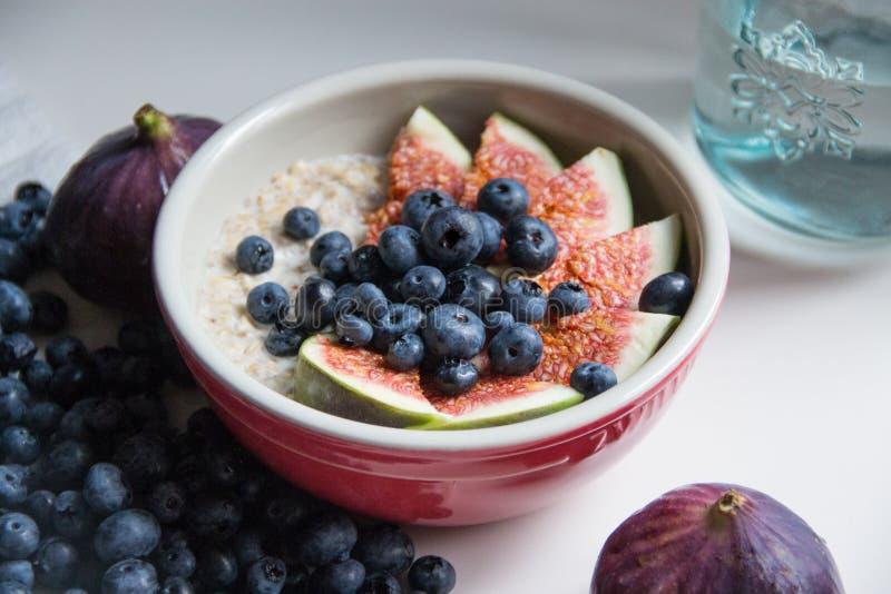 Предпосылка с фруктами и овощами стоковое изображение