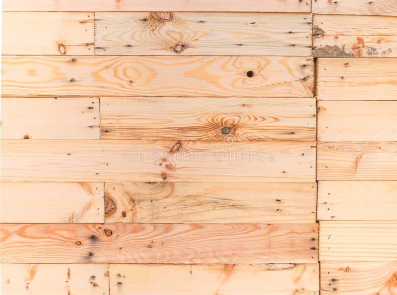 Предпосылка текстуры стены старой деревенской бежевой планки цвета деревянная, внешний фон стены дома стоковое изображение