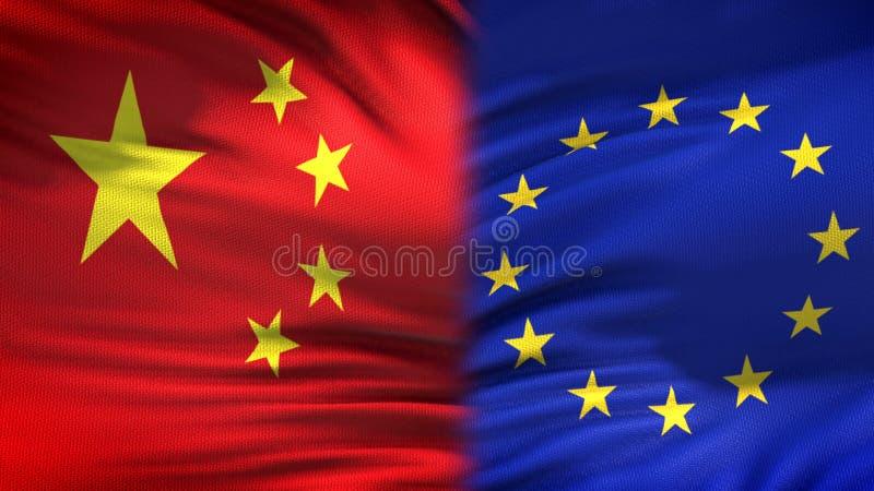 Предпосылка флагов Китая и Европейского союза, дипломатический и экономические отношения стоковая фотография rf