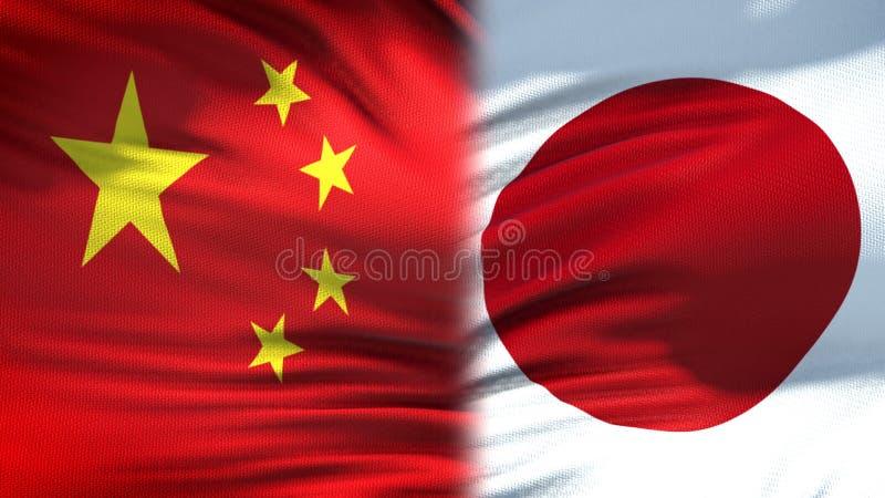 Предпосылка флагов Китая и Японии, дипломатический и экономические отношения, финансы стоковые фотографии rf