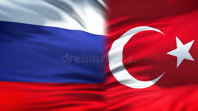 Предпосылка флагов России и Турции, дипломатический и экономические отношения, торговля стоковые фотографии rf