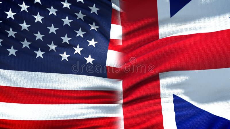 Предпосылка флагов Соединенных Штатов и Великобритании, дипломатические экономические отношения стоковые изображения rf
