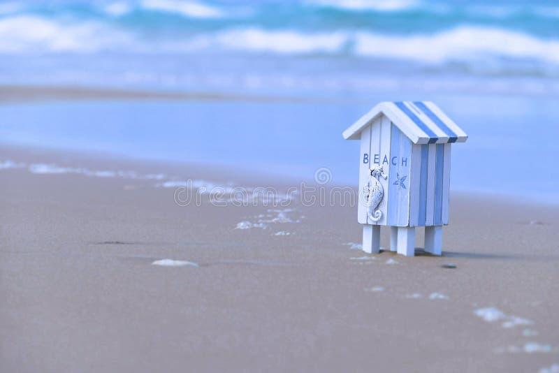 Предпосылка хаты пляжа стоковая фотография rf