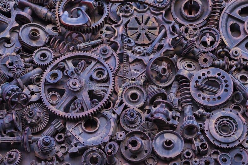 Предпосылка Steampunk, части машины, большие шестерни и цепи от машин и тракторов стоковые изображения