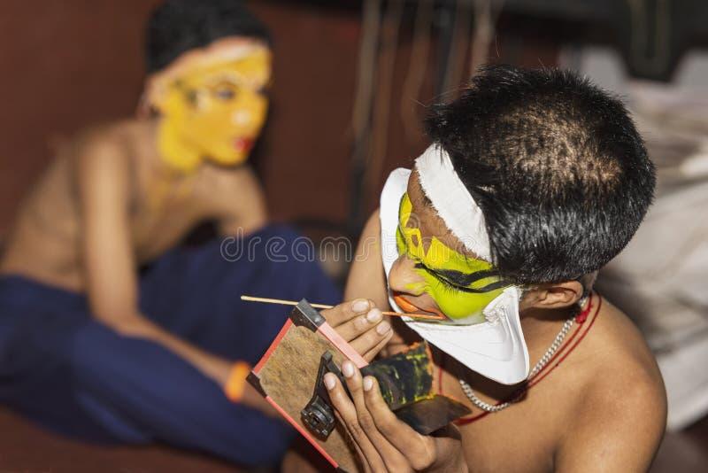 Представление танца Kathakali в Керале стоковые изображения