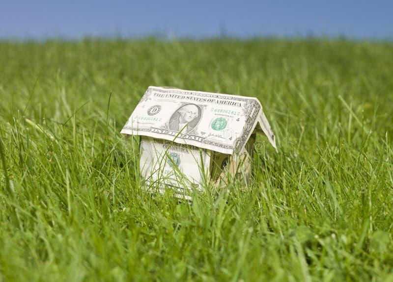 представляет счет сделанная дом доллара миниатюрной стоковые изображения