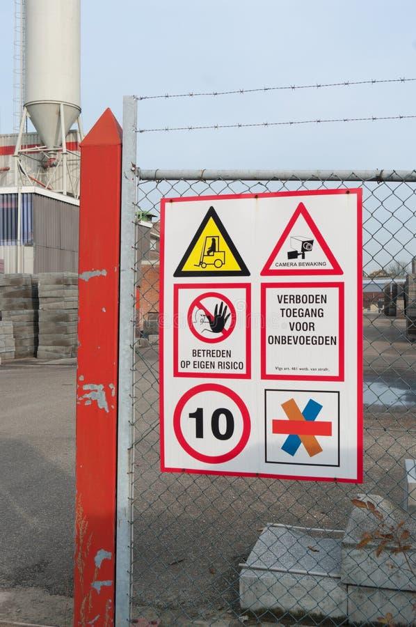предупреждение знаков стоковые фото