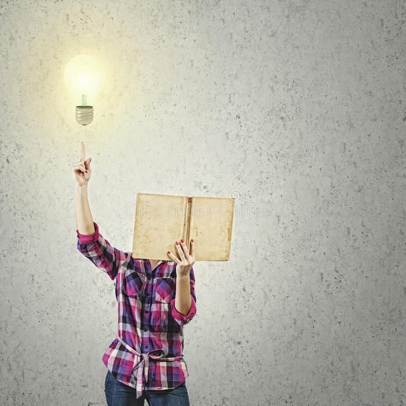 Download Преимущество образования стоковое изображение. изображение насчитывающей женщина - 41650877