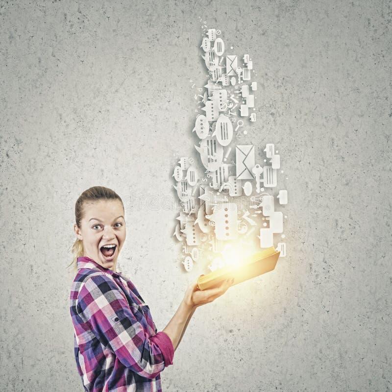 Download Преимущество образования стоковое фото. изображение насчитывающей роман - 41651972