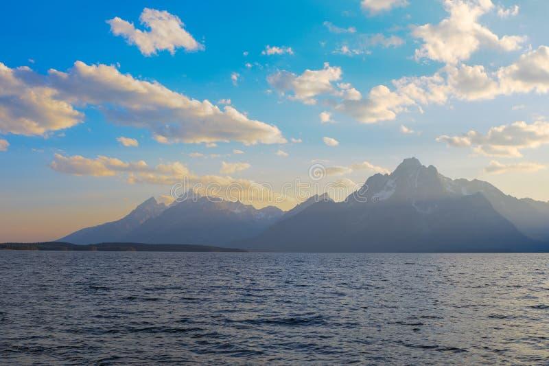 Прекрасный пейзаж Гранд-Тетон-хребта стоковое фото rf