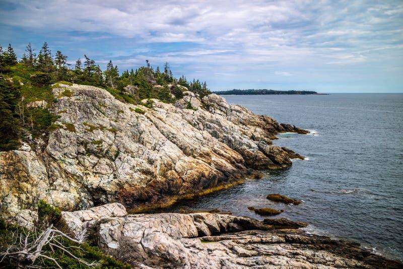 Прекрасный au Haut острова гавани утки в национальном парке Acadia, Мейне стоковая фотография