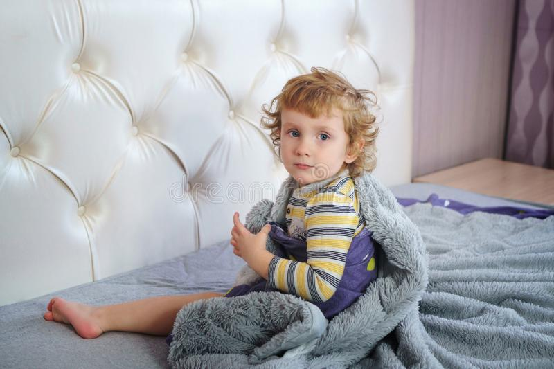 Прелестный маленький младенец стоковое изображение rf