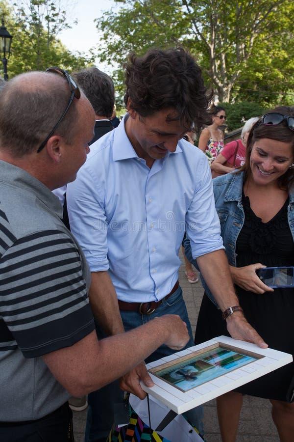 Премьер-министр Джастин Trudeau представил изображение себя стоковое фото