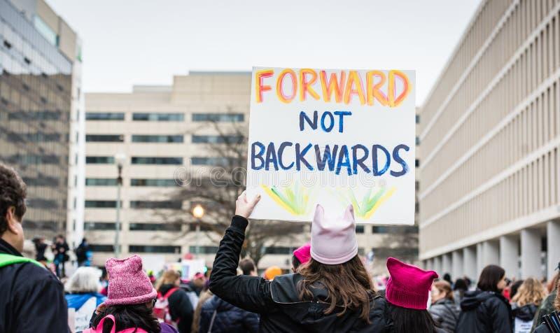 Препровождайте не ОН назад - DC в марте - Вашингтоне женщин стоковое фото