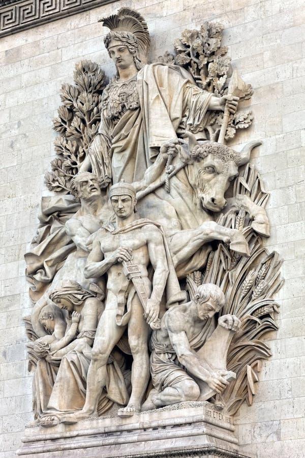 Прессформы на Триумфальной Арке. Париж. Франция. стоковое изображение