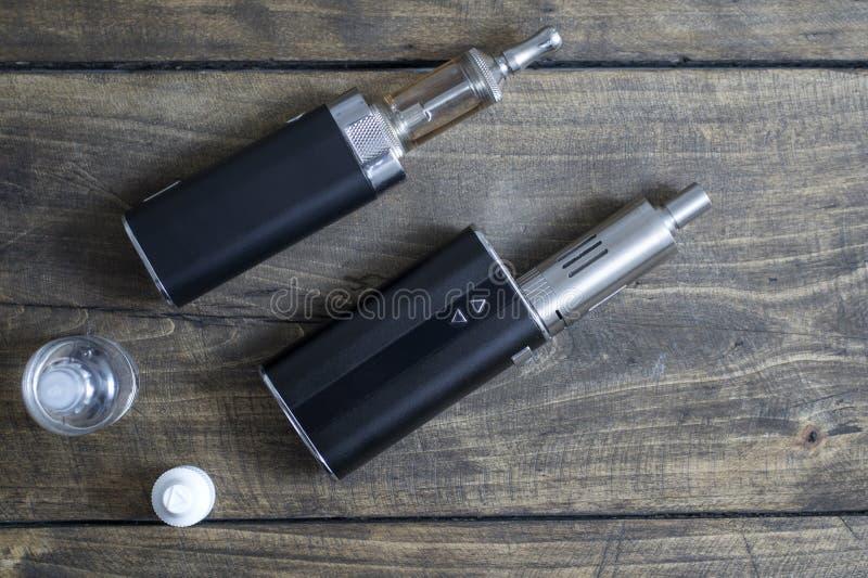 Предварительные личные вапоризатор или e-сигарета стоковые фотографии rf