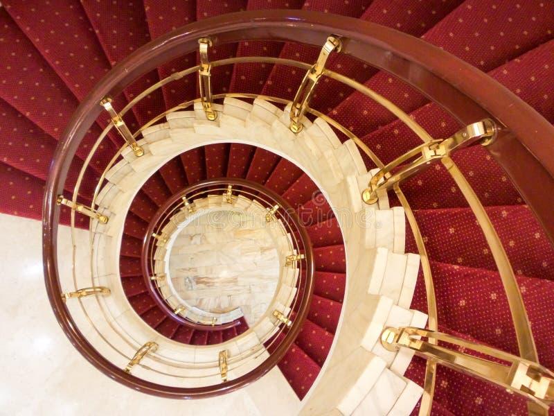 предводительствует whit таблицы соф лобби гостиницы стоковое изображение