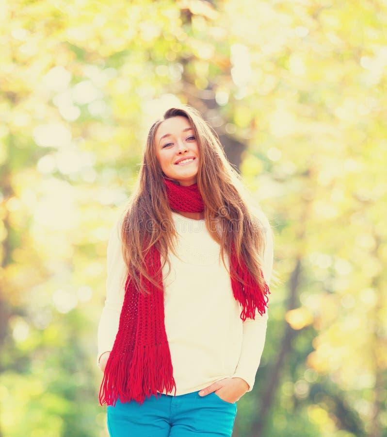 Предназначенная для подростков девушка стоковое фото