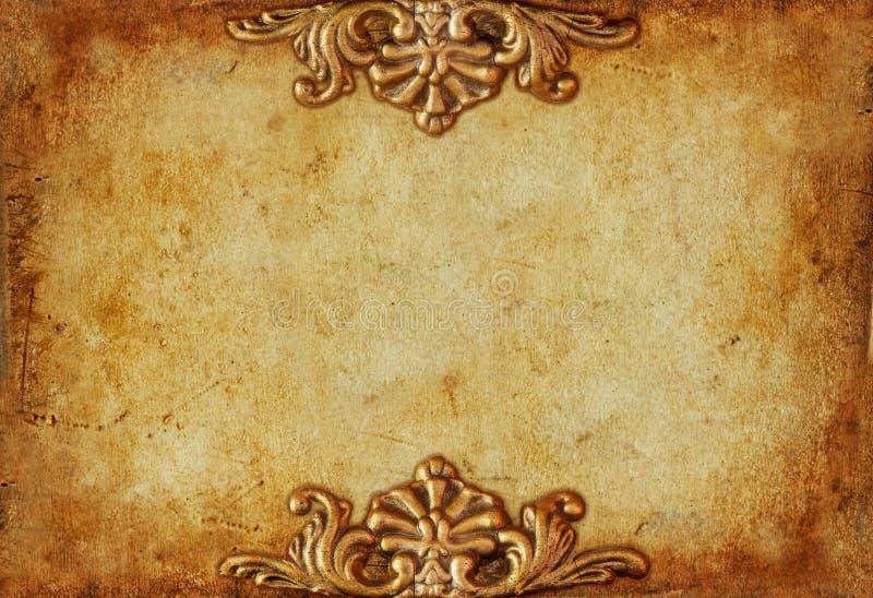 Предпосылка винтажного королевского золота горизонтальная с флористическими орнаментами стоковые изображения