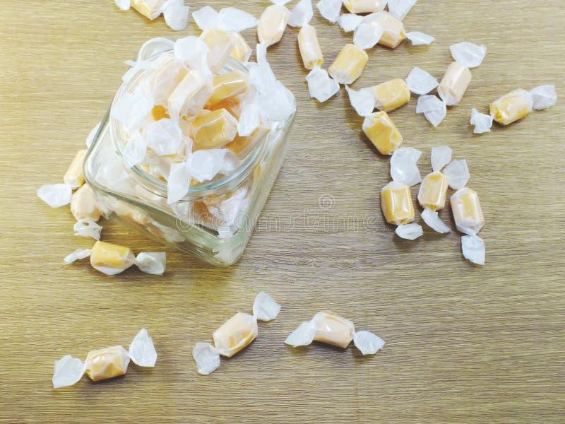 Предпосылка конфеты taffy сладостного молока стоковое изображение rf