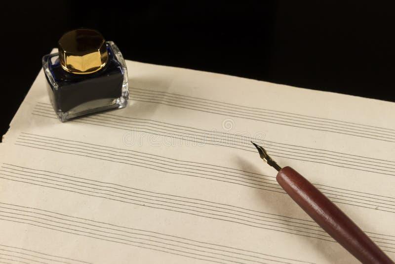 Предпосылка музыки paper стоковое фото