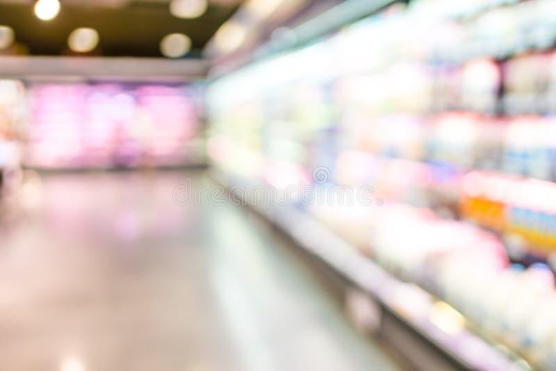 Предпосылка нерезкости магазина супермаркета с bokeh стоковые изображения
