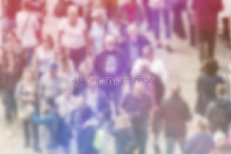 Предпосылка нерезкости общественного мнения широкой публики, вид с воздуха толпы стоковые изображения rf