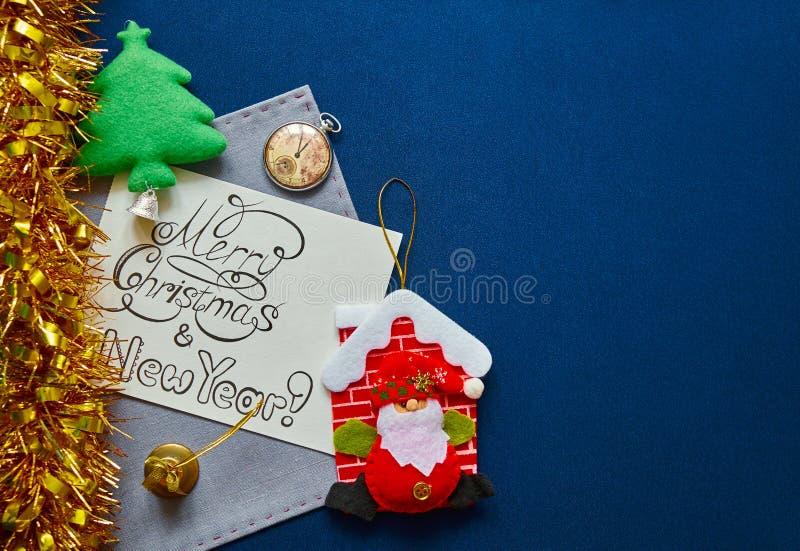 Предпосылка Нового Года с украшением фестиваля и поздравительной надписью стоковое изображение rf