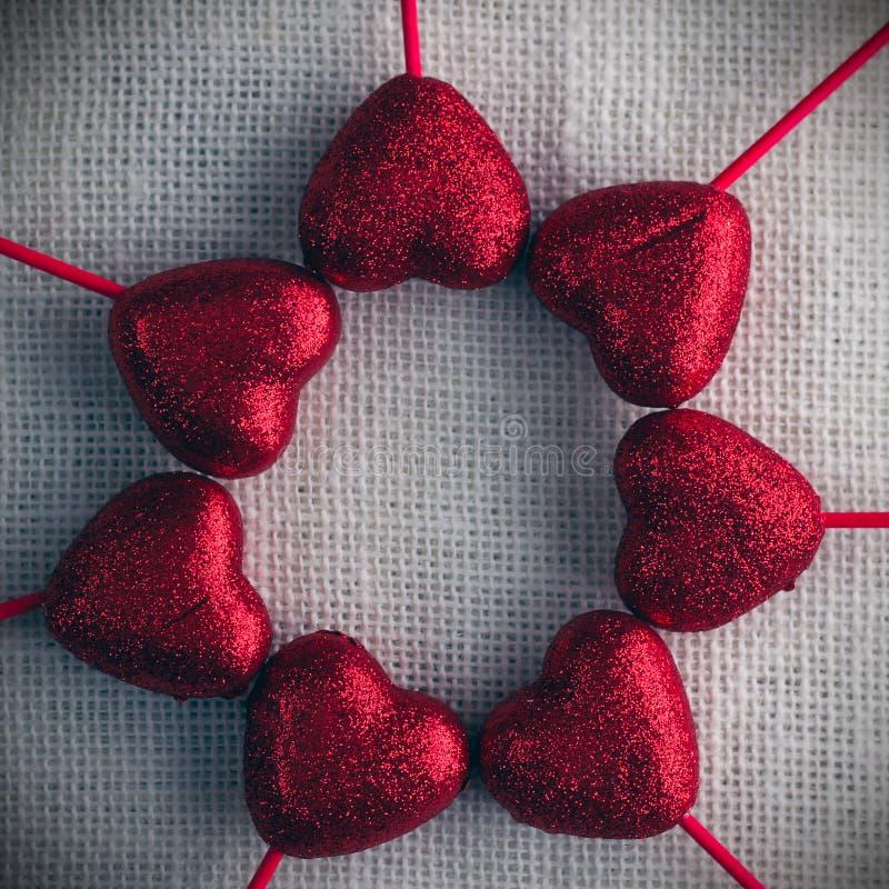 Предпосылка дня валентинок с сердцами стоковое фото rf
