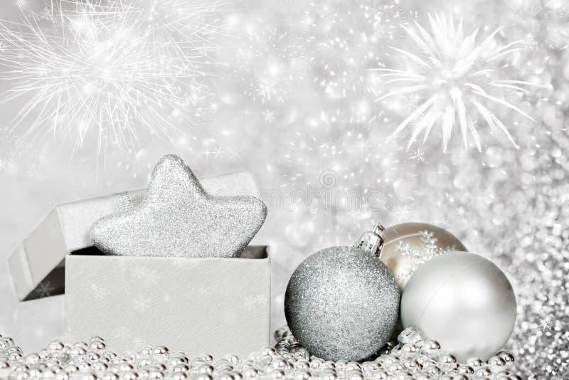 Предпосылка праздника с сверкная светами и decoratio рождества стоковое фото