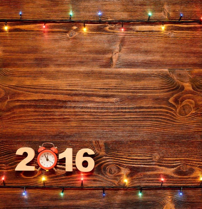 Предпосылка рождества с светами рождества на деревянных планках стоковое фото rf