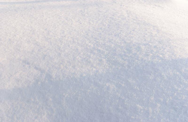 Предпосылка свежих снега и тени стоковая фотография