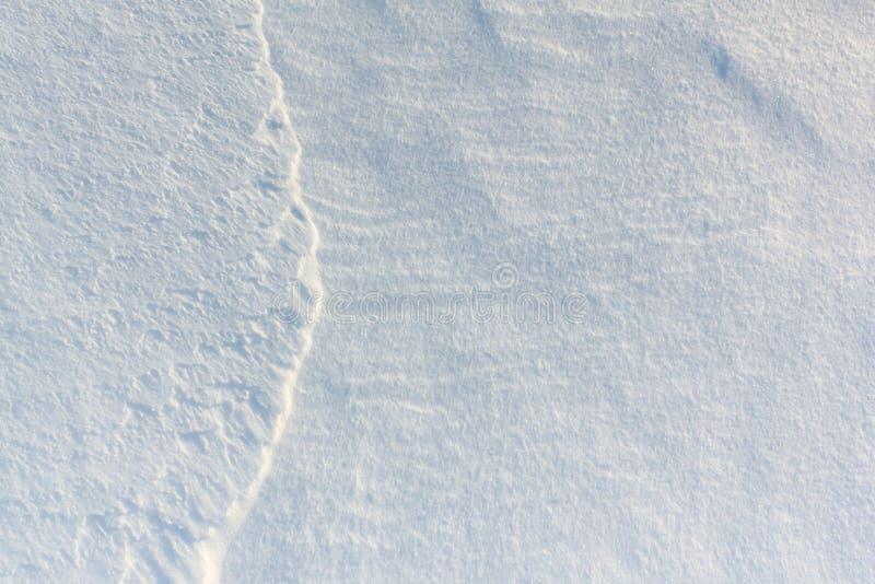 Предпосылка снега естественная на поверхности реки стоковое изображение