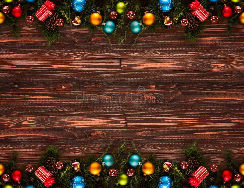 Download Предпосылка счастливого Нового Года 2017 сезонная с безделушками рождества Стоковое Фото - изображение: 78761496